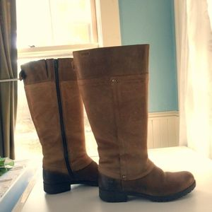 Clarks leather boots EUC